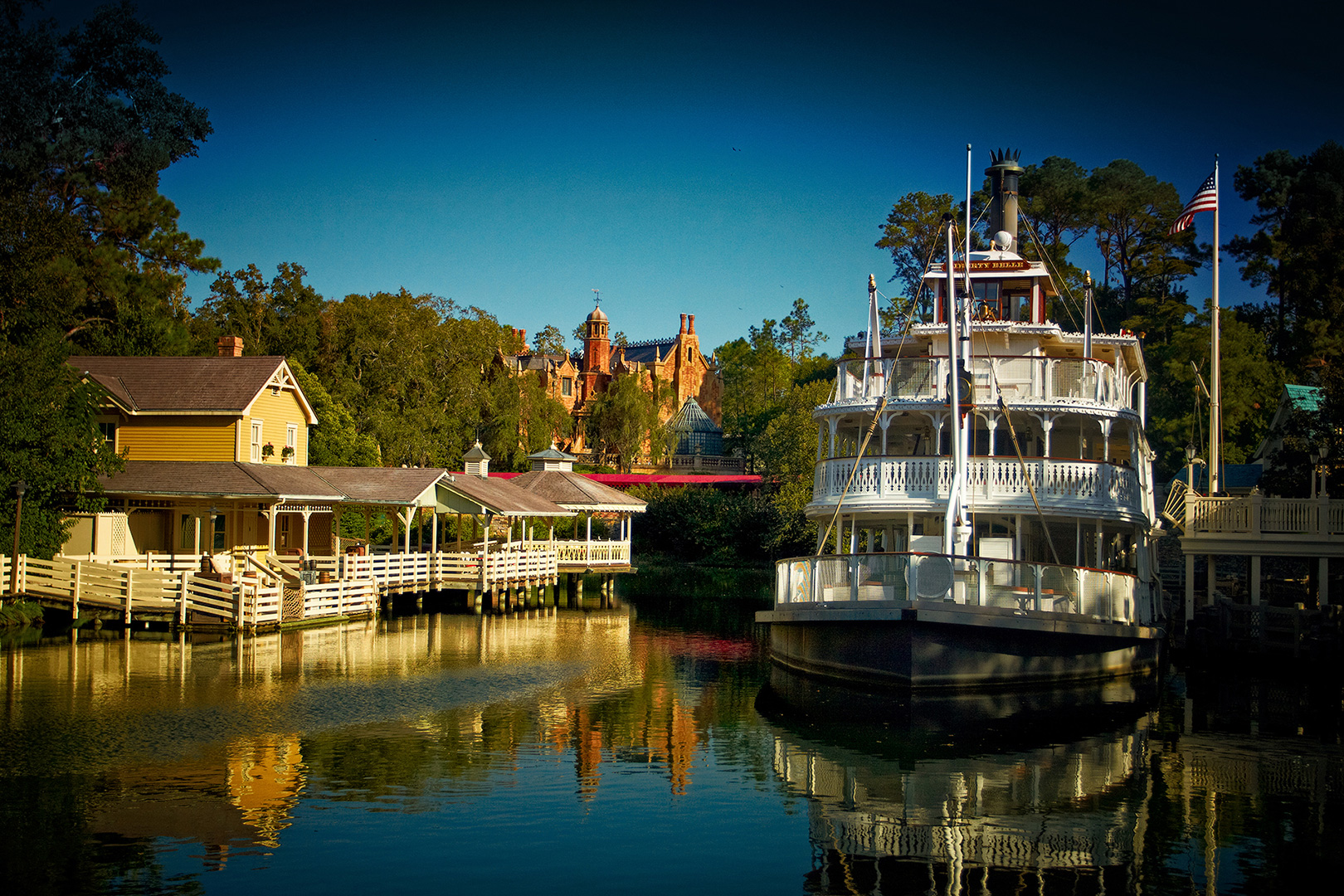 Disney Photography, Disney World Photography, Disneyland Photography, Disney Photos, Disney Pictures, Walt Disney World, The Magic Kingdom, Walt Disney, Mickey Mouse, Orlando, Florida, Theme Park,  River Boat, Liberty Square, Rivers of America
