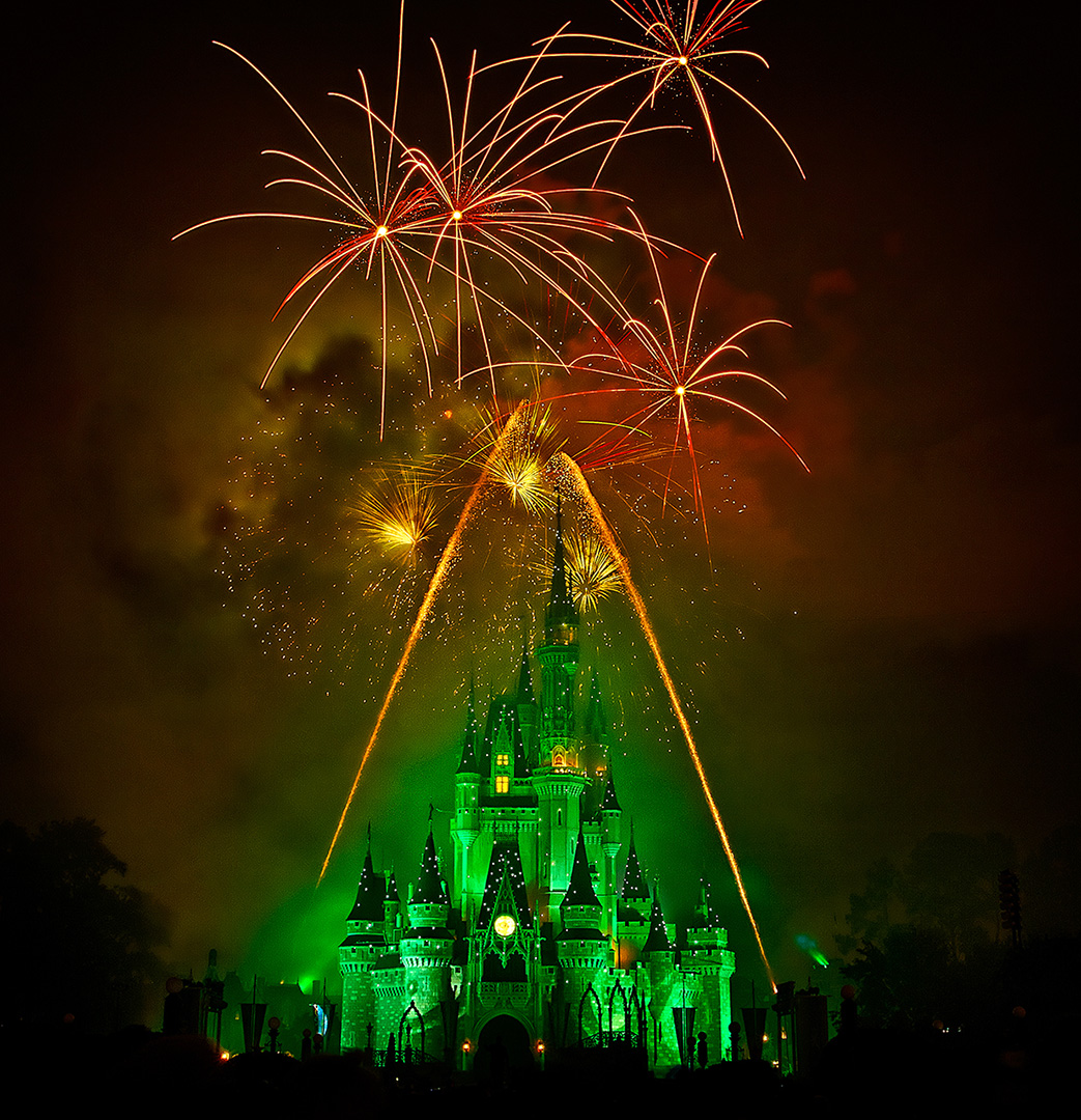 Disney Photography, Disney World Photography, Disneyland Photography, Disney Photos, Disney Pictures, Walt Disney World, The Magic Kingdom, Walt Disney, Mickey Mouse, Orlando, Florida, Theme Park,  Wishes, Fireworks