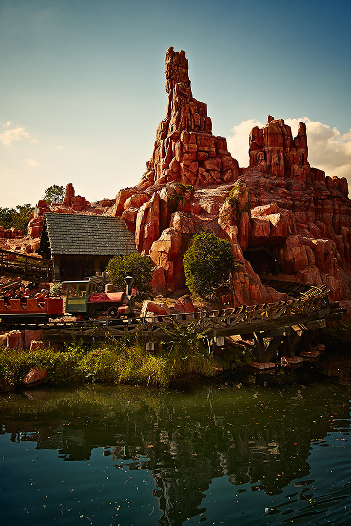 Disney Photography, Disney World Photography, Disneyland Photography, Disney Photos, Disney Pictures, Walt Disney World, The Magic Kingdom, Walt Disney, Mickey Mouse, Orlando, Florida, Theme Park,  Big Thunder Mountain Railroad, Rollercoaster, Mine Train