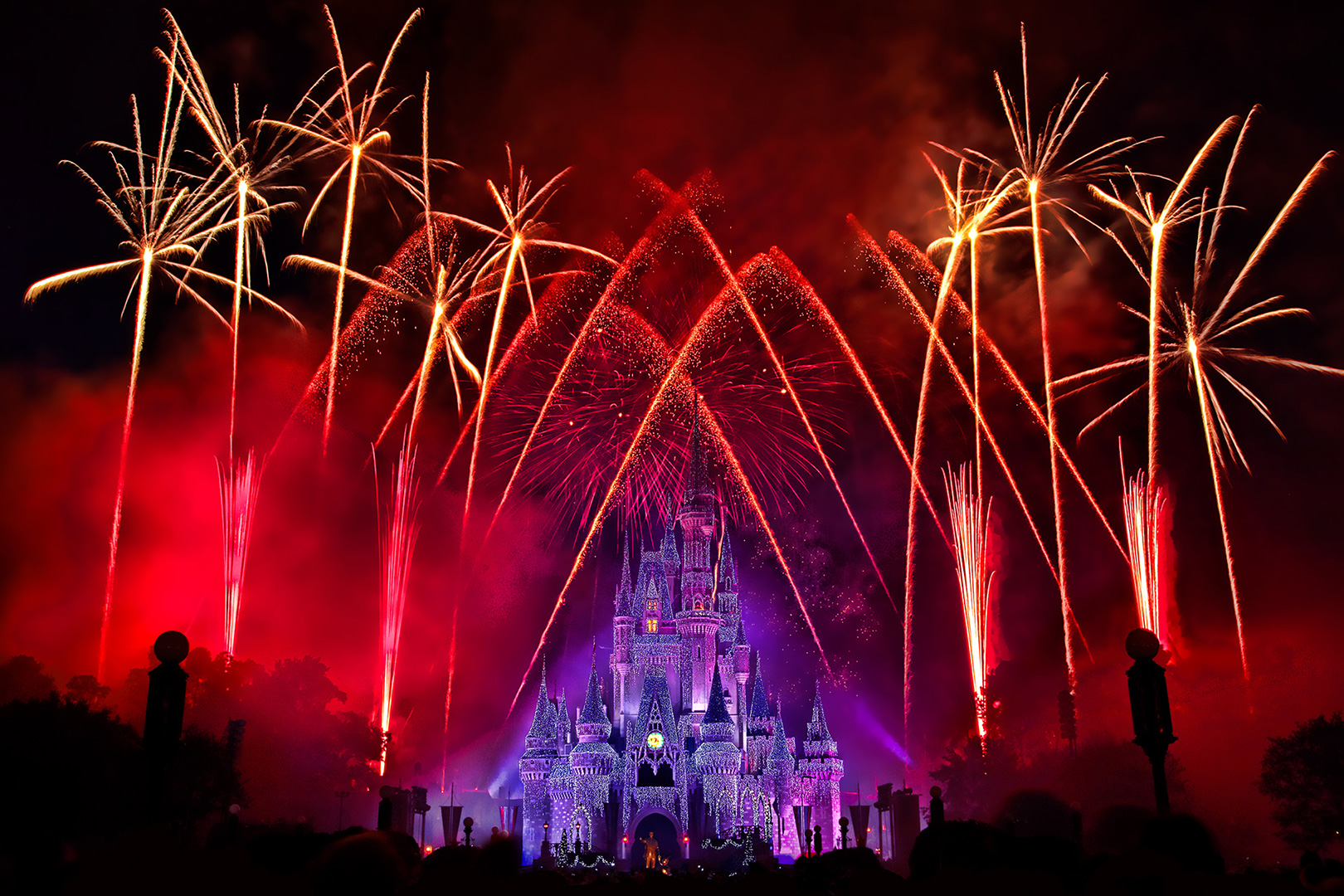 Disney Photography, Disney World Photography, Disneyland Photography, Disney Photos, Disney Pictures, Disney, Disney World, Walt Disney World Resort, The Magic Kingdom, Cindarella Castle, Wishes, Fireworks, Castle Dreamlights, Fireworks, Show