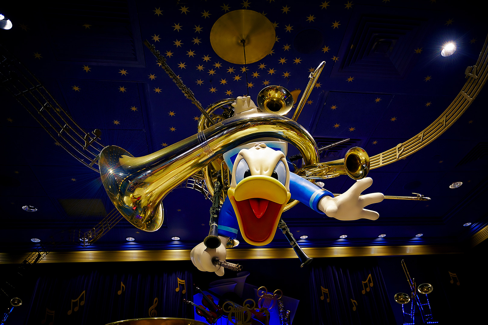 Disney Photography, Disney World Photography, Disneyland Photography, Disney Photos, Disney Pictures, Walt Disney World, The Magic Kingdom, Walt Disney, Mickey Mouse, Orlando, Florida, Theme Park,  Donal Duck, Philharmagic