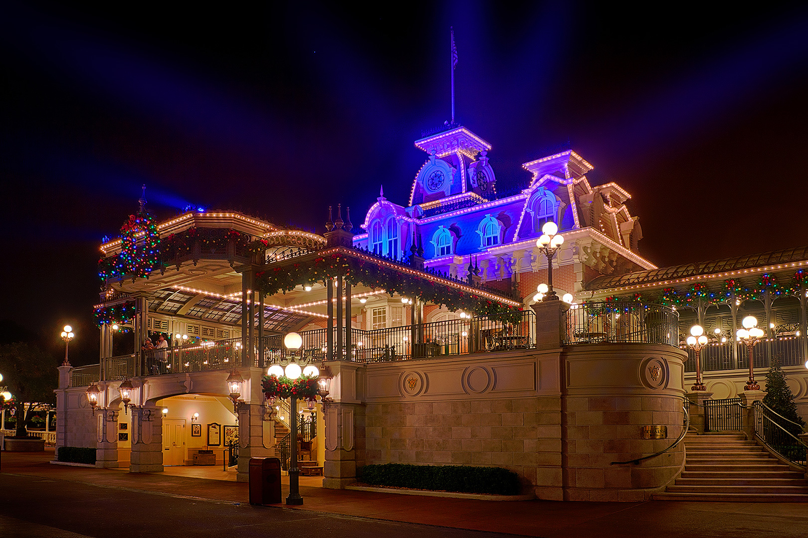 Disney Photography, Disney World Photography, Disneyland Photography, Disney Photos, Disney Pictures, Walt Disney World, The Magic Kingdom, Walt Disney, Mickey Mouse, Orlando, Florida, Theme Park,  Main Street USA, Train Station